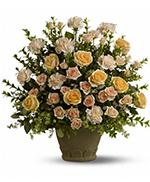 Teleflora's Rose Remembrance